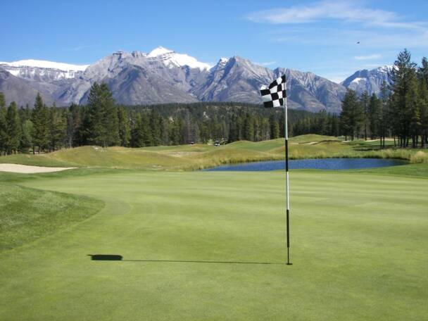 Banff Spring Golf Course with Canadian Rockies in the background